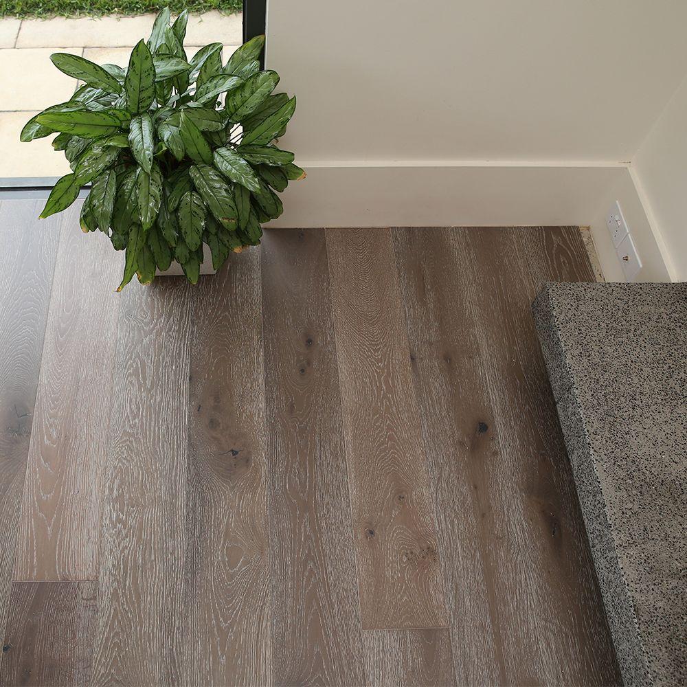 DAIKI European Oak Engineered Floorboards - Wide Plank 1900mm x 190mm x 15mm