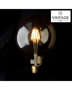 traditional Vintage looking Edison light bulb design