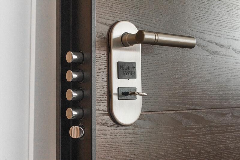 avoid paint on door handles and door hardware