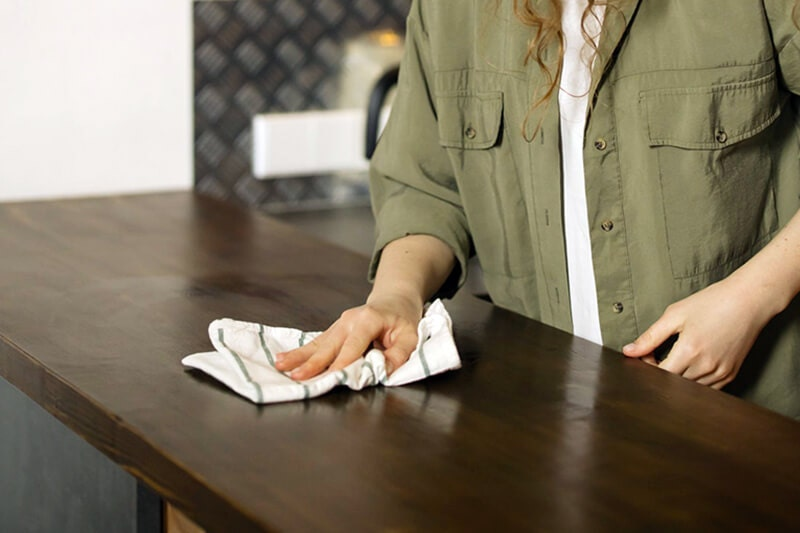 hand wiping counter