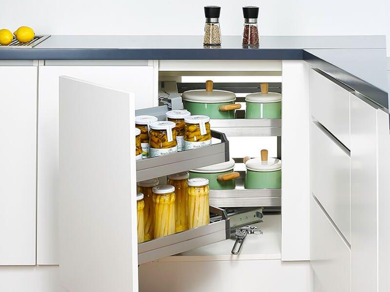 corner pantry organisation