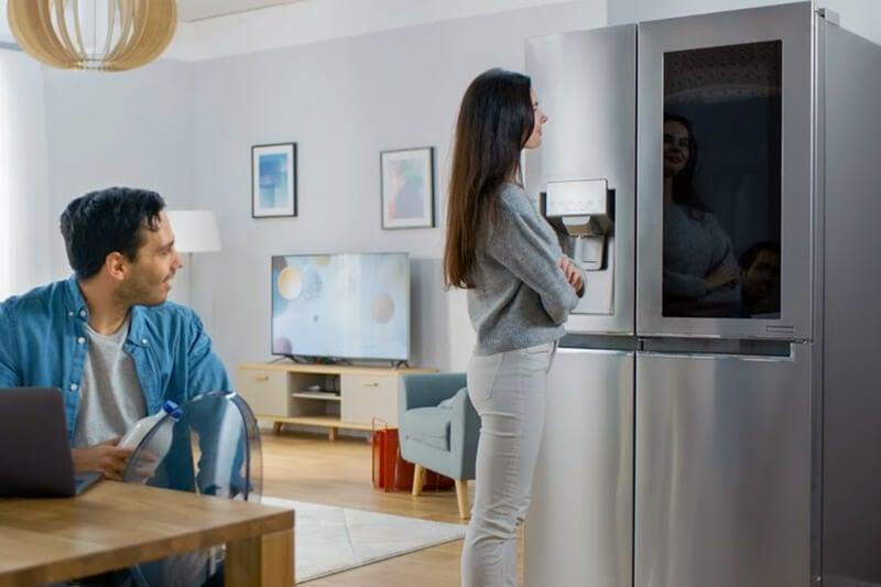 smart kitchen fridge